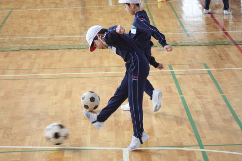 2年 サッカー遊び01