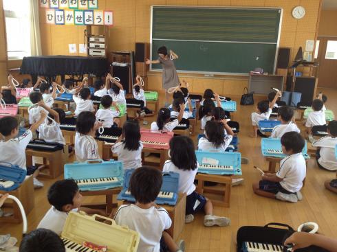 鍵盤ハーモニカ教室
