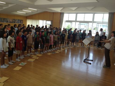 音楽室での合唱練習