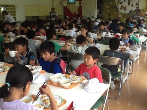 館内で昼食