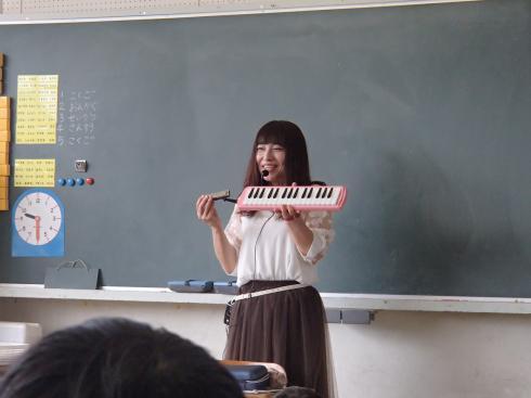 「トランペット吹きの休日」を演奏してくださいました